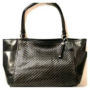 NWOT COACH woven Leather Large Carrie Black Tote